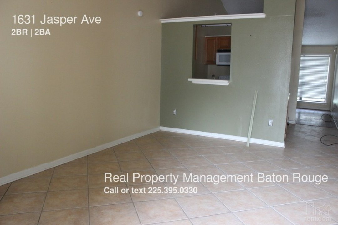 Condo In Gated Community Off Of Burbank video thumbnail