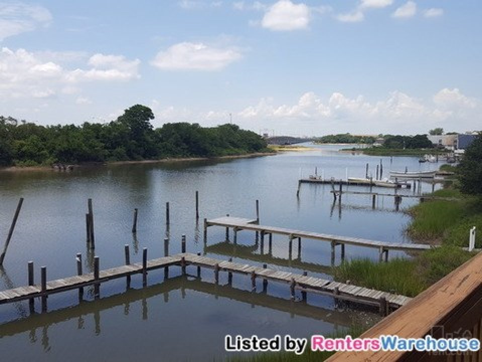 Spectacular unit on the Water Front! video thumbnail