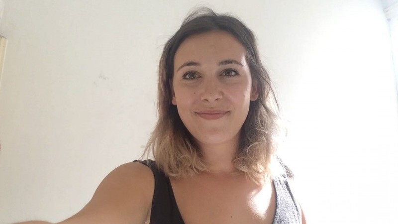 23 years old french student girl looking for a new place to live video thumbnail